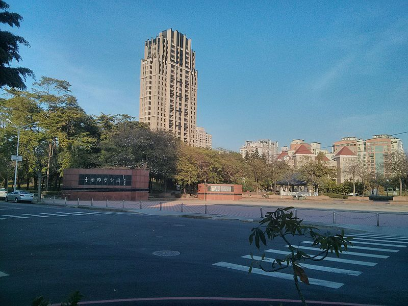 【台中捷運豐樂公園站】Costco、迪卡儂、文心秀泰都在這!